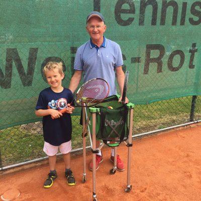 Einer unserer Jüngsten: Lasse Heitmann mit Trainer Zoran Obrovski