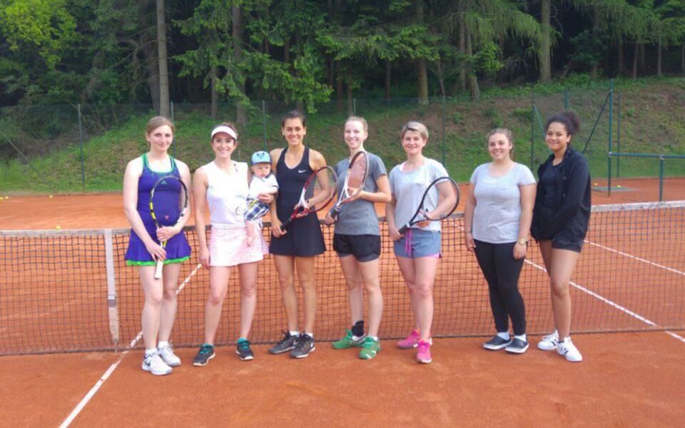Tennis Weiss-Rot - Damen 30